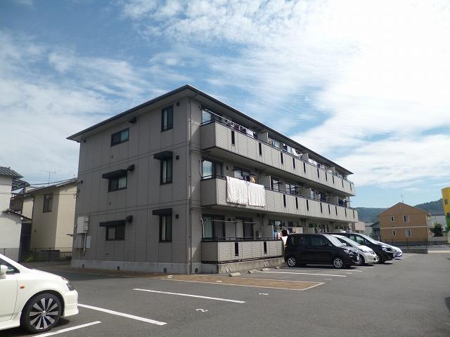 広島県広島市安佐南区、緑井駅徒歩15分の築13年 3階建の賃貸アパート