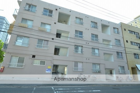広島県広島市南区、元宇品口駅徒歩4分の築40年 4階建の賃貸マンション