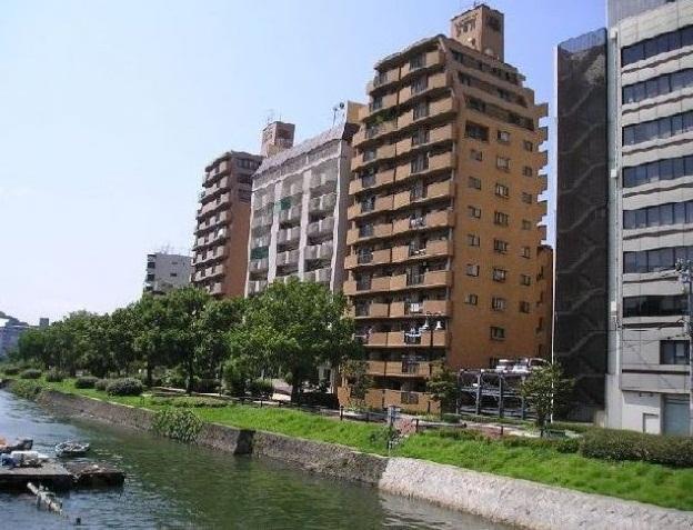 ライオンズマンション京橋川