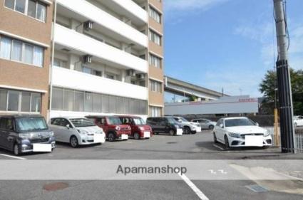 リブレスト[2LDK/51.55m2]の駐車場