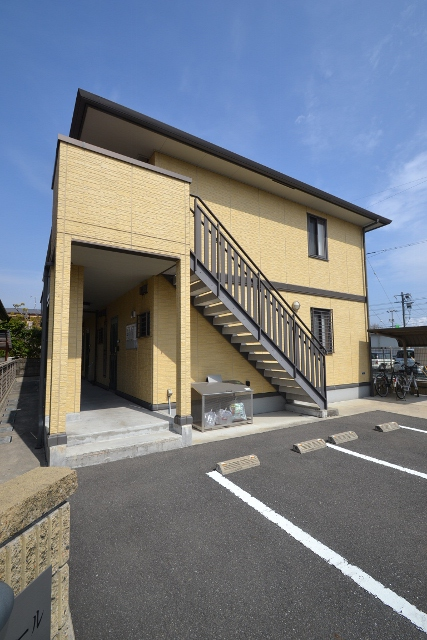 広島県大竹市、大竹駅徒歩3分の築9年 2階建の賃貸アパート