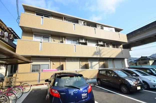 広島県広島市安佐南区、安東駅徒歩11分の築5年 3階建の賃貸アパート