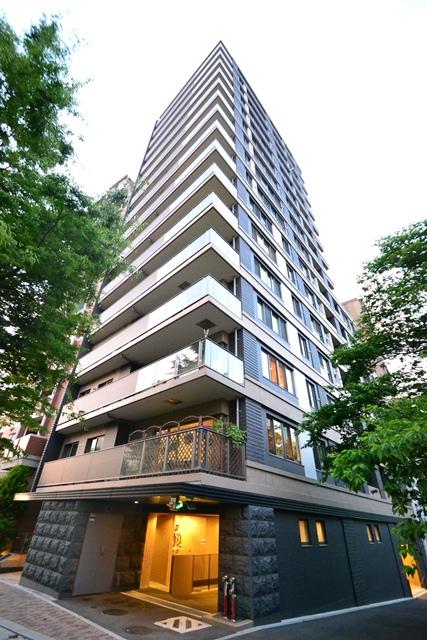 広島県広島市中区、稲荷町駅徒歩10分の築8年 16階建の賃貸マンション