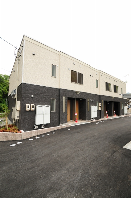 広島県広島市安佐南区、安東駅徒歩14分の築1年 2階建の賃貸アパート