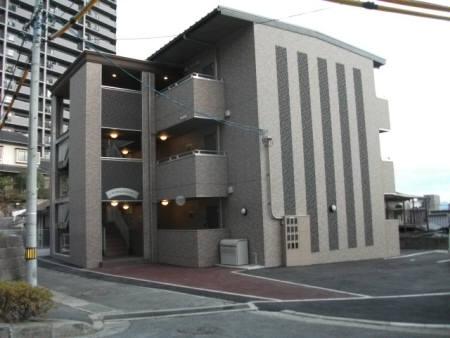 広島県広島市西区、草津駅徒歩10分の築5年 3階建の賃貸アパート