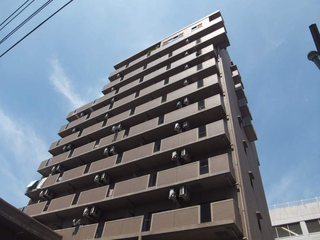 広島県福山市、福山駅徒歩10分の築16年 11階建の賃貸マンション