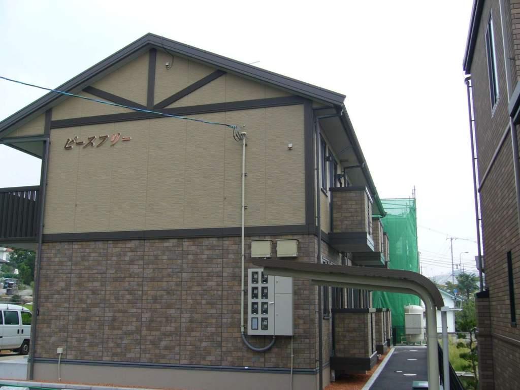 広島県尾道市、新尾道駅徒歩7分の築11年 2階建の賃貸アパート