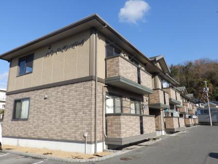 広島県府中市、高木駅徒歩13分の築14年 2階建の賃貸アパート
