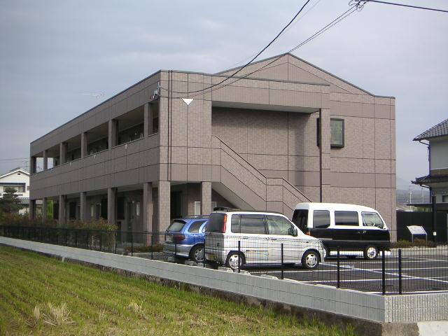 広島県福山市、駅家駅徒歩17分の築12年 2階建の賃貸アパート