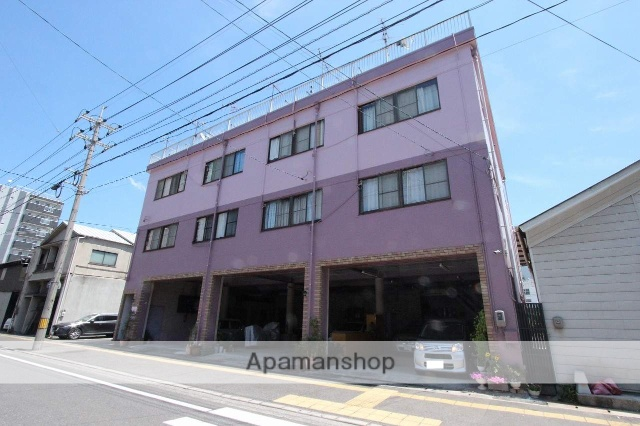 広島県呉市、呉駅徒歩10分の築41年 3階建の賃貸マンション
