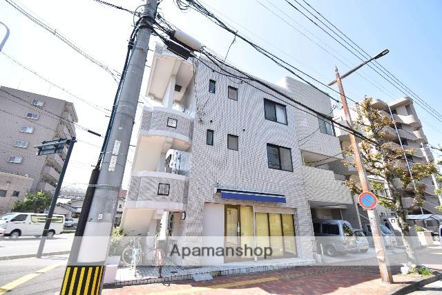 広島県広島市中区、御幸橋駅徒歩3分の築26年 3階建の賃貸マンション