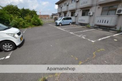 I・DUNE C[1K/24.09m2]の駐車場