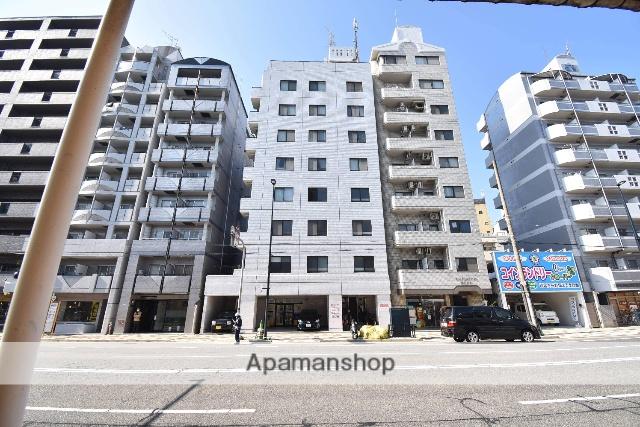 広島県広島市中区、鷹野橋駅徒歩8分の築28年 8階建の賃貸マンション