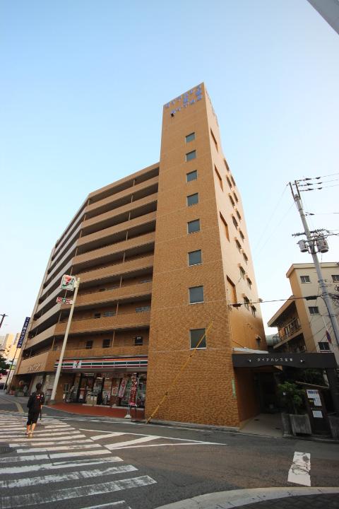 広島県広島市東区、広島駅徒歩7分の築32年 9階建の賃貸マンション