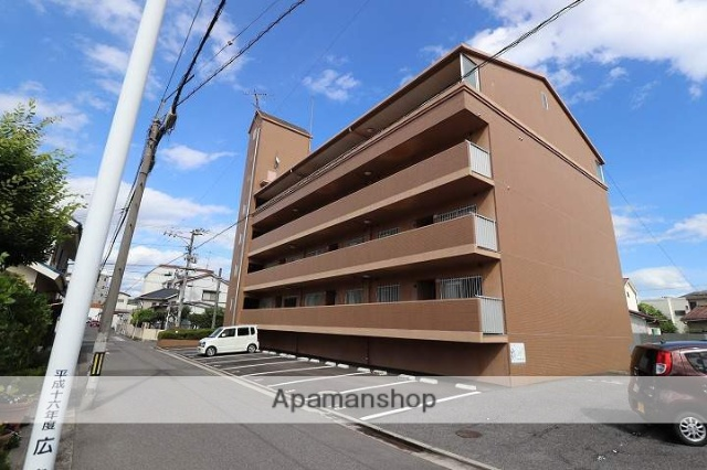 広島県広島市南区、県病院前駅徒歩6分の築25年 4階建の賃貸マンション