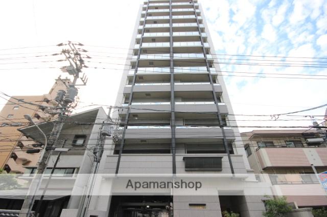 広島県広島市中区、市役所前駅徒歩5分の築3年 13階建の賃貸マンション