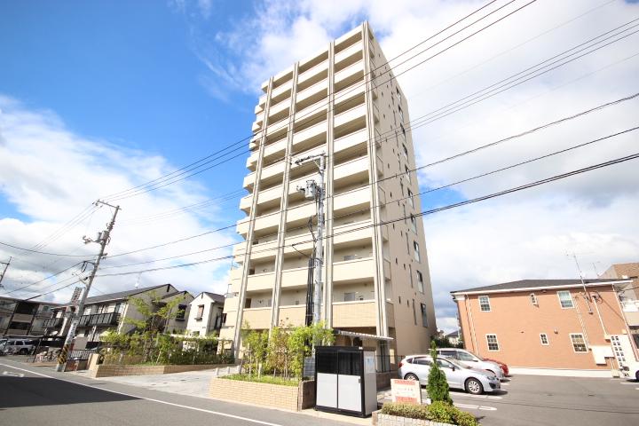 広島県広島市安佐南区、西原駅徒歩10分の築2年 11階建の賃貸マンション