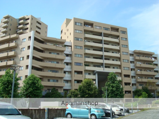 広島県広島市安佐南区、伴中央駅徒歩27分の築22年 10階建の賃貸マンション