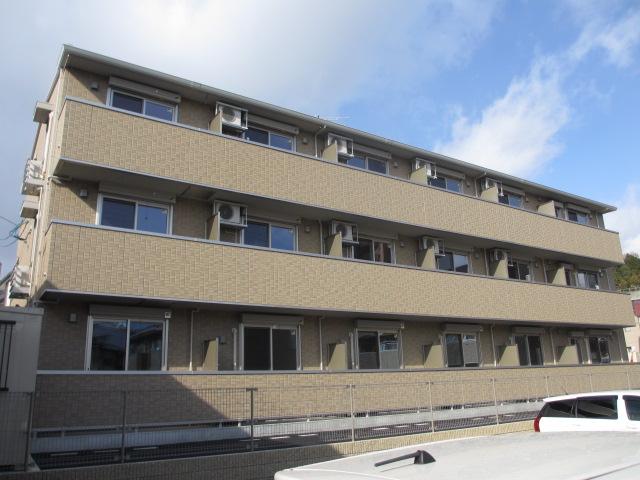 広島県広島市安佐南区、安東駅徒歩4分の築4年 3階建の賃貸アパート