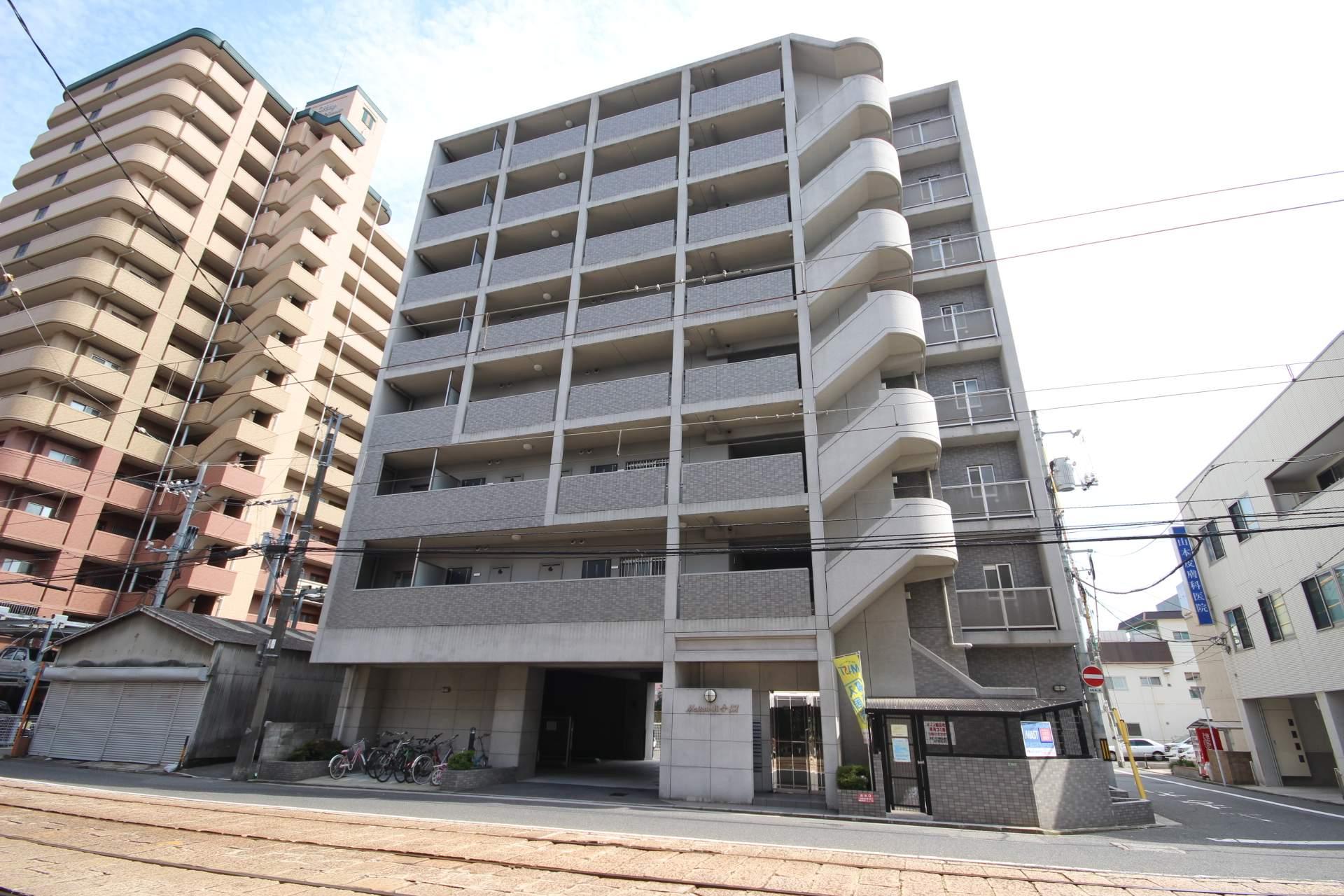広島県広島市西区、天満町駅徒歩3分の築15年 8階建の賃貸マンション