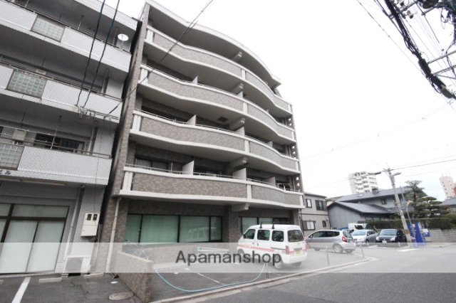 広島県広島市中区、舟入幸町駅徒歩7分の築18年 5階建の賃貸マンション