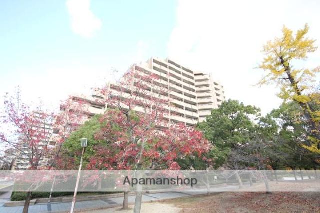 広島県広島市中区、御幸橋駅徒歩6分の築27年 15階建の賃貸マンション