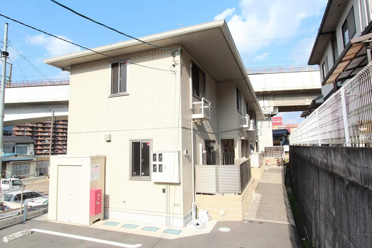 広島県安芸郡海田町、安芸中野駅徒歩16分の築3年 2階建の賃貸テラスハウス