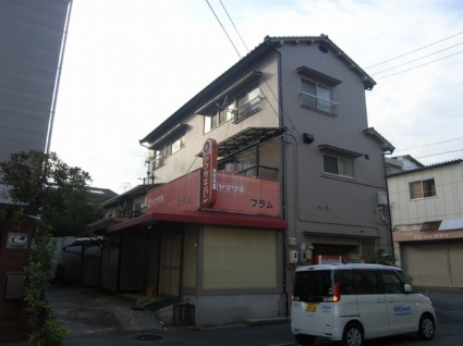 広島県呉市、新広駅徒歩12分の築25年 3階建の賃貸アパート