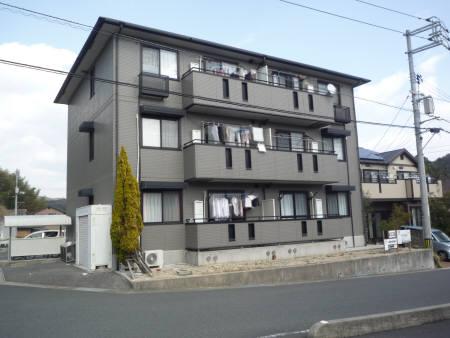 山口県光市の築17年 3階建の賃貸アパート