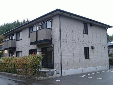 山口県光市の築16年 2階建の賃貸アパート