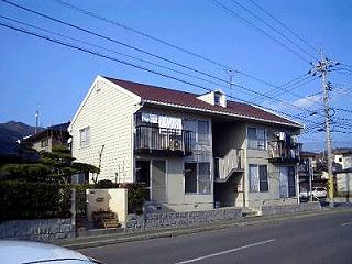 山口県光市、光駅徒歩16分の築30年 2階建の賃貸アパート