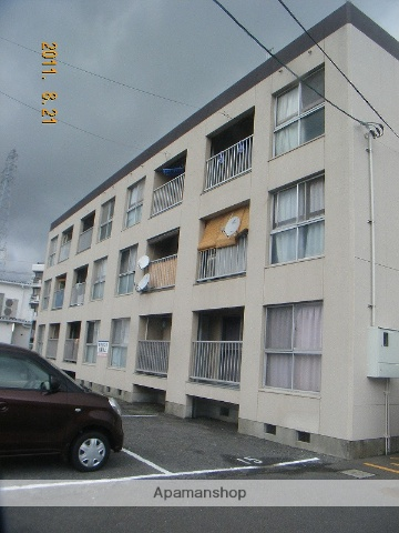山口県周南市、徳山駅徒歩57分の築38年 3階建の賃貸アパート