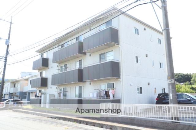 山口県山口市、上郷駅徒歩10分の築5年 3階建の賃貸アパート