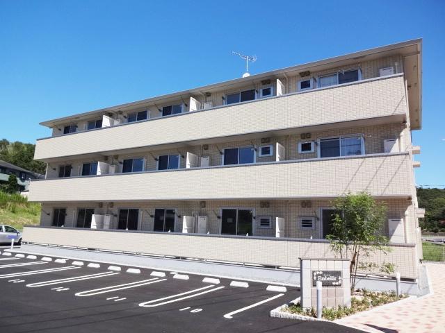 山口県宇部市、居能駅徒歩33分の築3年 3階建の賃貸アパート