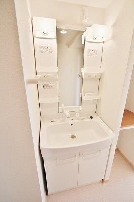 グロリア[1LDK/37.13m2]の洗面所