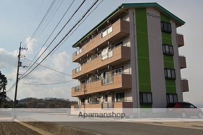 徳島県吉野川市、牛島駅徒歩30分の築18年 4階建の賃貸マンション