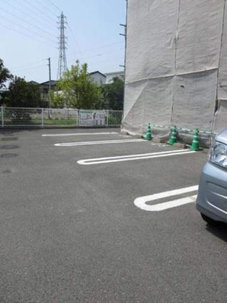 アルト・アルベロB[1K/33.15m2]の駐車場