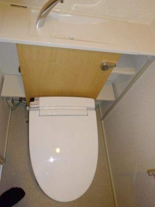 グランクリュ佐古 EAST[1K/31.27m2]のトイレ