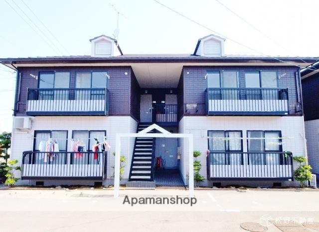 香川県高松市、農学部前駅徒歩35分の築21年 2階建の賃貸アパート