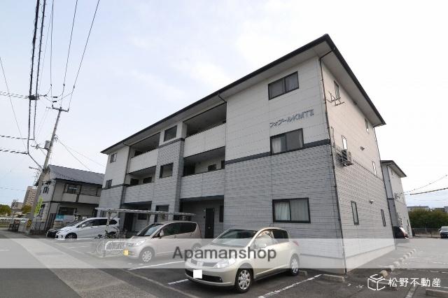 香川県高松市、三条駅徒歩19分の築16年 3階建の賃貸アパート
