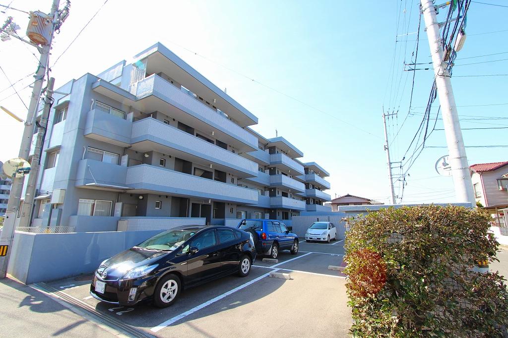 香川県高松市、潟元駅徒歩6分の築30年 4階建の賃貸マンション