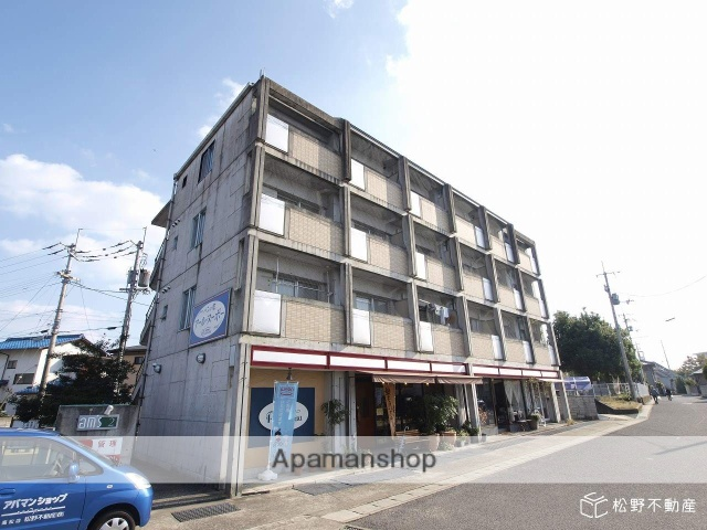 香川県高松市、空港通り駅徒歩19分の築24年 4階建の賃貸マンション