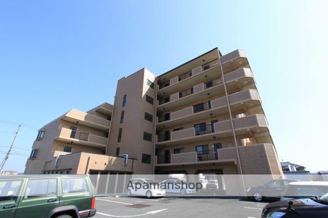 香川県高松市、三条駅徒歩27分の築14年 6階建の賃貸マンション