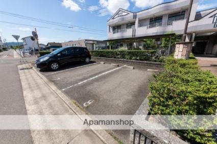 ルミナス55[2SLDK/61.74m2]の駐車場