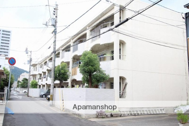 香川県高松市、栗林駅徒歩4分の築35年 3階建の賃貸マンション
