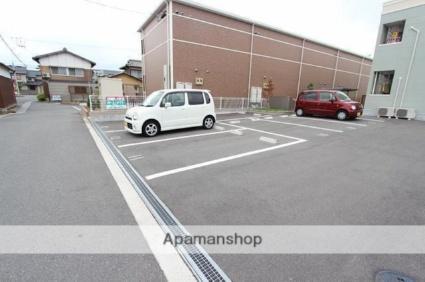 グリーン窓香 [2LDK/52.9m2]の駐車場