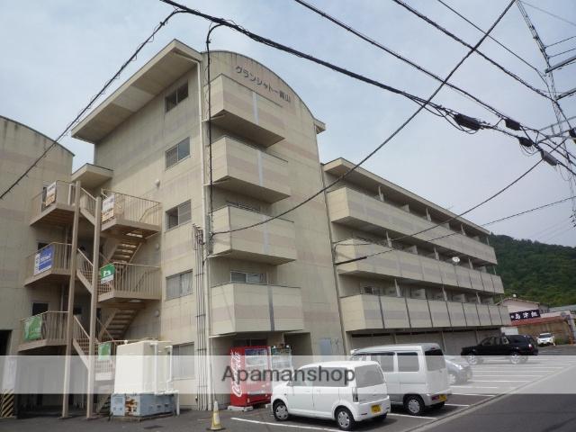 香川県丸亀市、宇多津駅徒歩24分の築18年 5階建の賃貸マンション