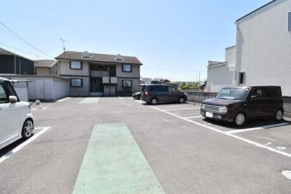 セジュール山西 B棟[1DK/37.26m2]の駐車場