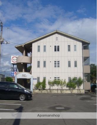 香川県三豊市、本山駅徒歩25分の築26年 3階建の賃貸アパート