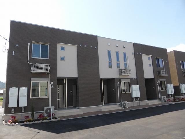 新着賃貸8:香川県高松市国分寺町新名の新着賃貸物件